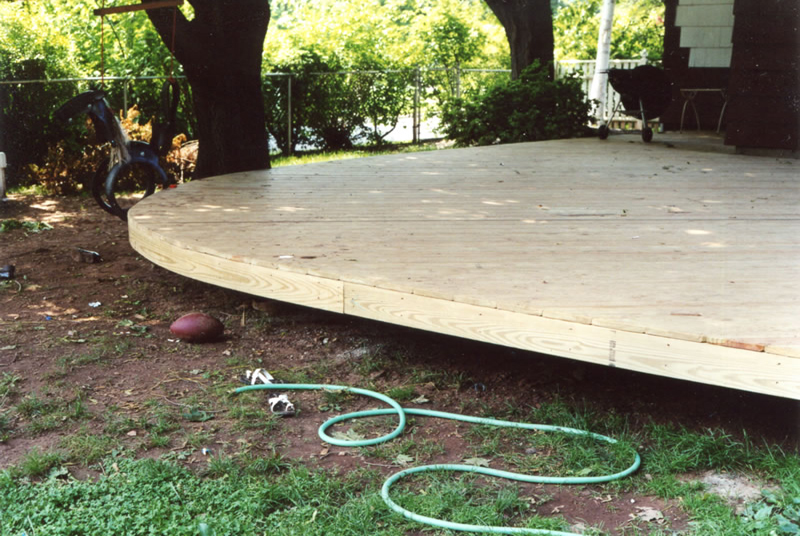 curved-deck-1